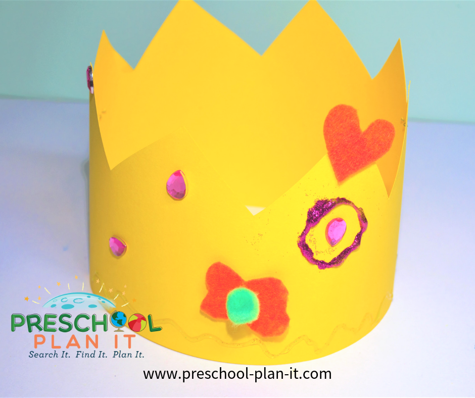Castles, Dragons, Kings and Queens Preschool Theme Art Activity