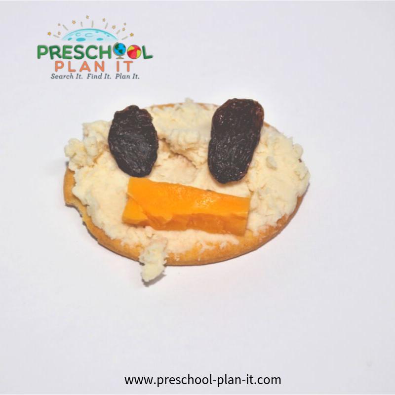 All About Me Preschool Theme Snack Idea
