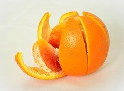 Peel an Orange in Preschool - A Kite Theme!
