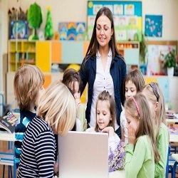Student Volunteers in the preschool classroom have many benefits!